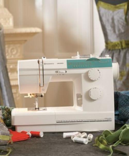 Macchina per cucire Husqvarna Emerald 118